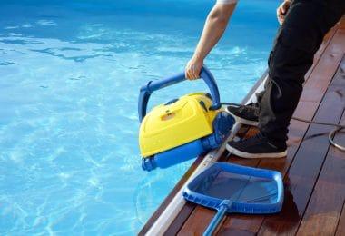 Tout savoir sur l'utilisation d'un aspirateur piscine